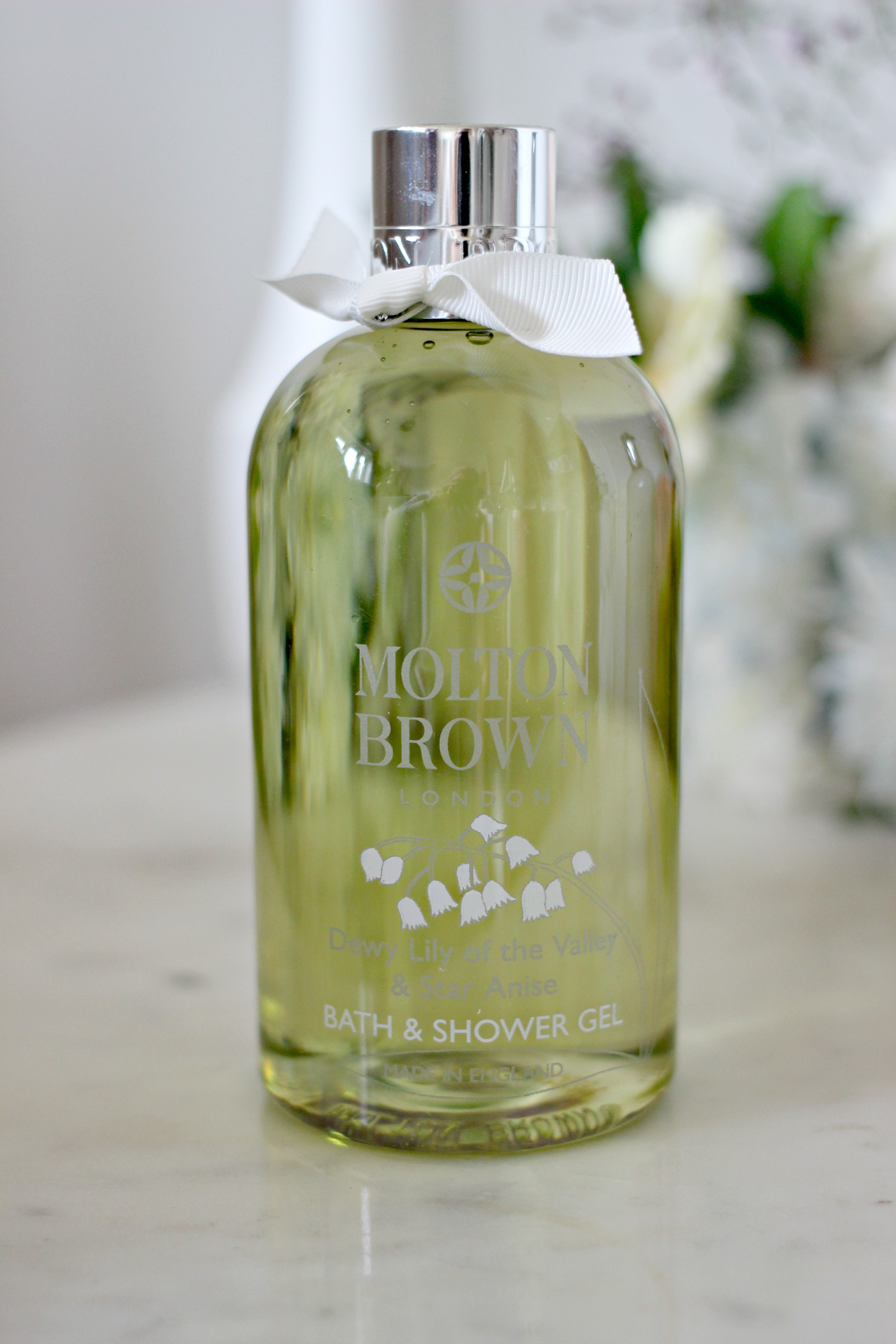 Luxury Mothers Day Gift Guide - Fashion Mumblr blog Molton Brown