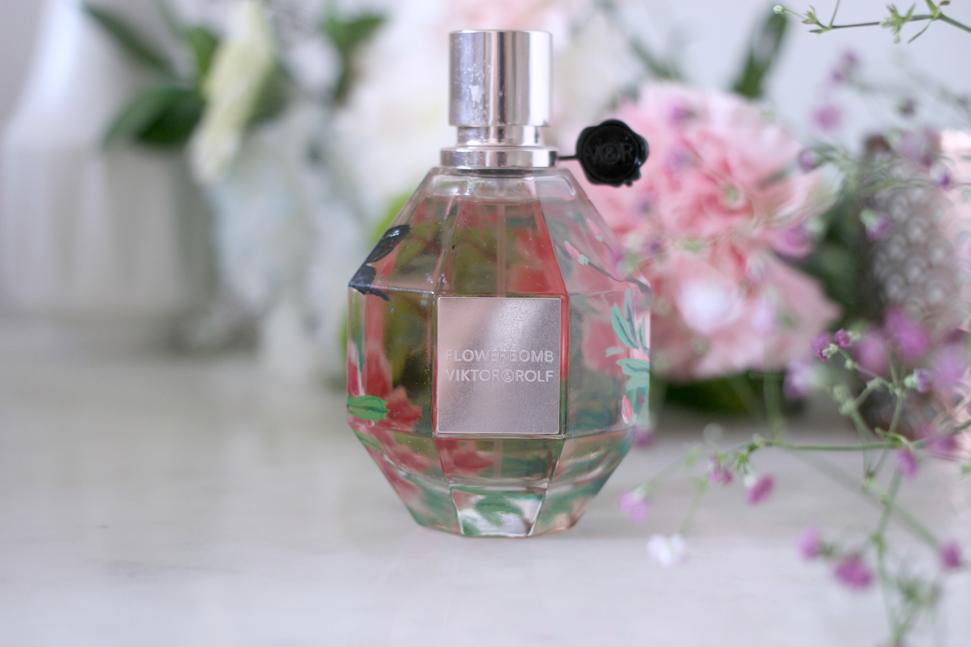 Luxury Mothers Day Gift Guide - Fashion Mumblr blog Viktor Rolf Flowerbomb