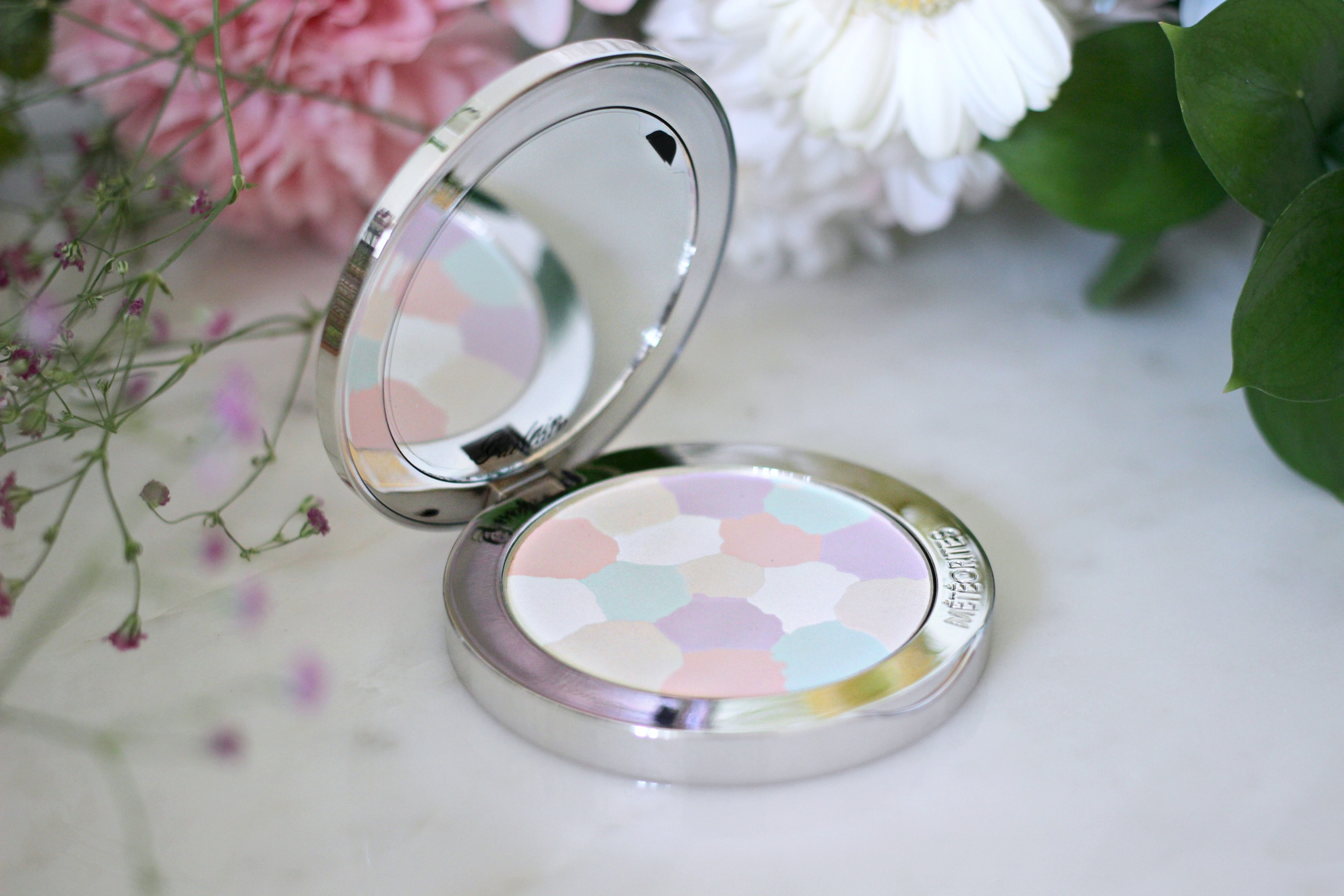 Guerlain Spring Summer Beauty Makeup Collection Review Meteorites Pastel Powder