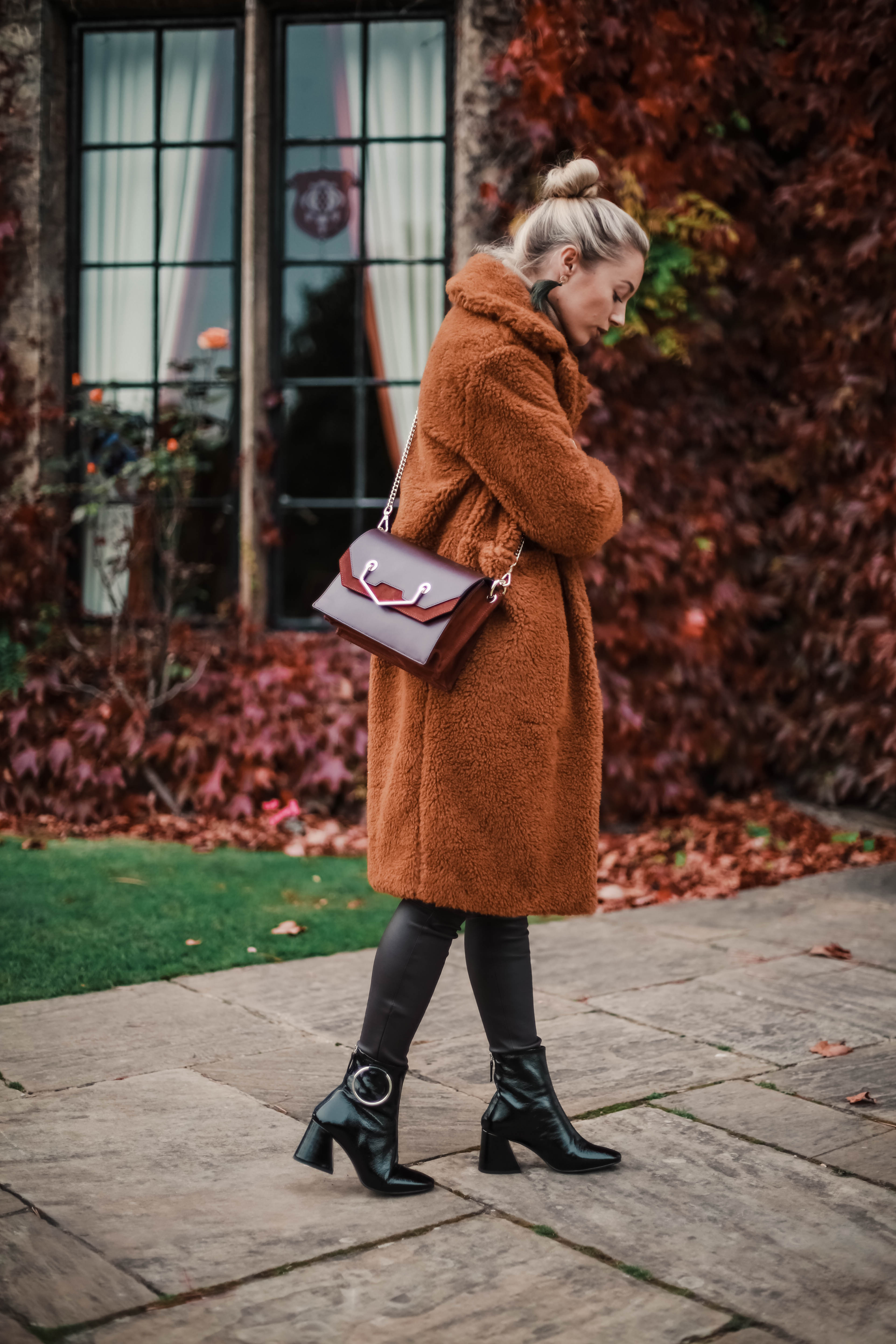 delicate colors competitive price discount 5 REASONS YOUR WARDROBE NEEDS A TEDDY BEAR COAT THIS SEASON ...